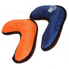 Jucarie caini bumerang cu textil impermeabil 25 cm
